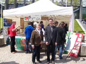 Avec Mathieu Boursier devant le stand du Portugal